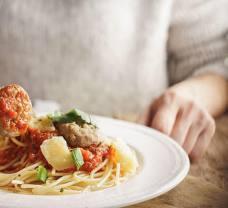 Makaron przez cały tydzień: potrawy, po których nie przytyjesz!